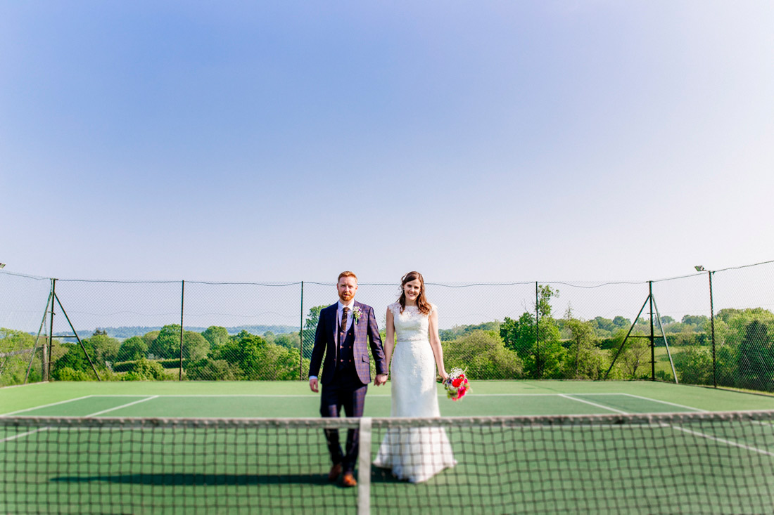 fun-quirky-kent-wedding-photographer-kent-glastonbury-wedding-els-photography-002