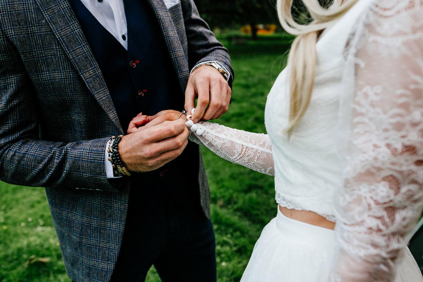 KENT-ELOPEMENT-wedding-photographer-UK-London-Epic-Love-Story-012