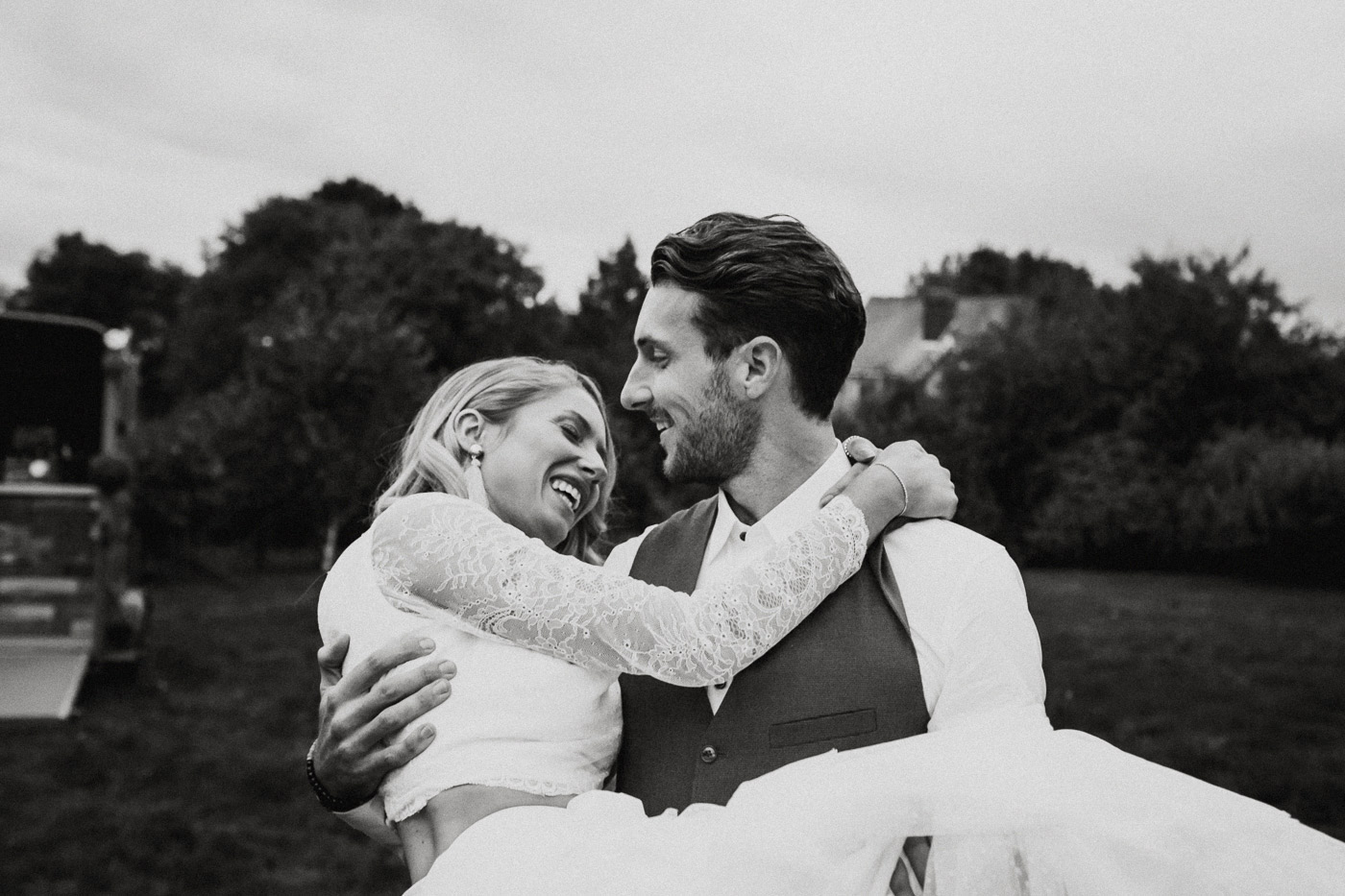 KENT-ELOPEMENT-wedding-photographer-UK-London-Epic-Love-Story-020