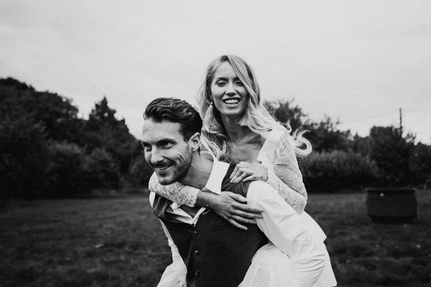 alternative Scotland wedding photographer