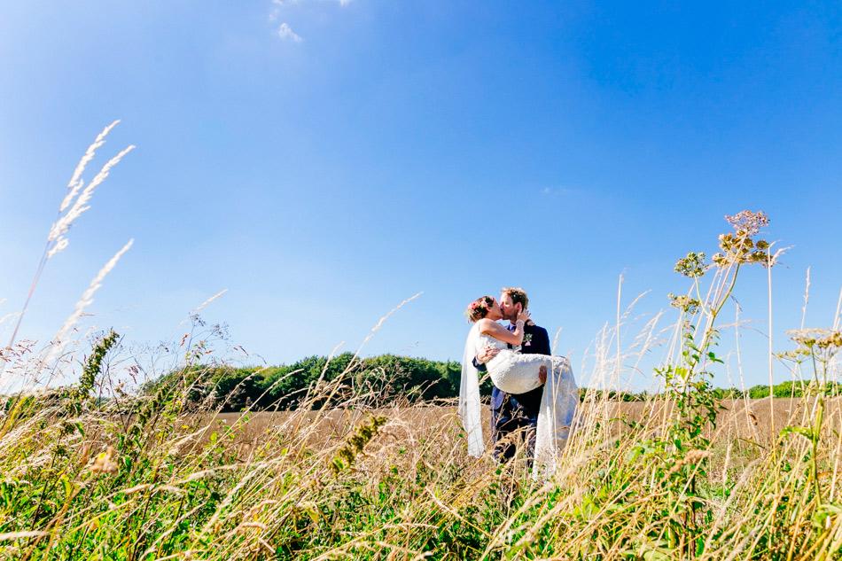 alternative-modern-kent-wedding-photographer001-49