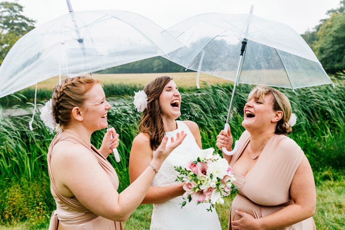 Fun-rainy-tipi-sussex-wedding---ELS-Photography---Nikki-+-Adrian-059