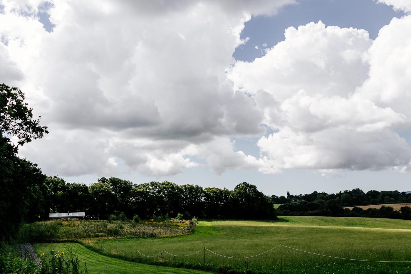 alternative kent + Sussex wedding photographer - hawthbush farm-Epic Love Story-027