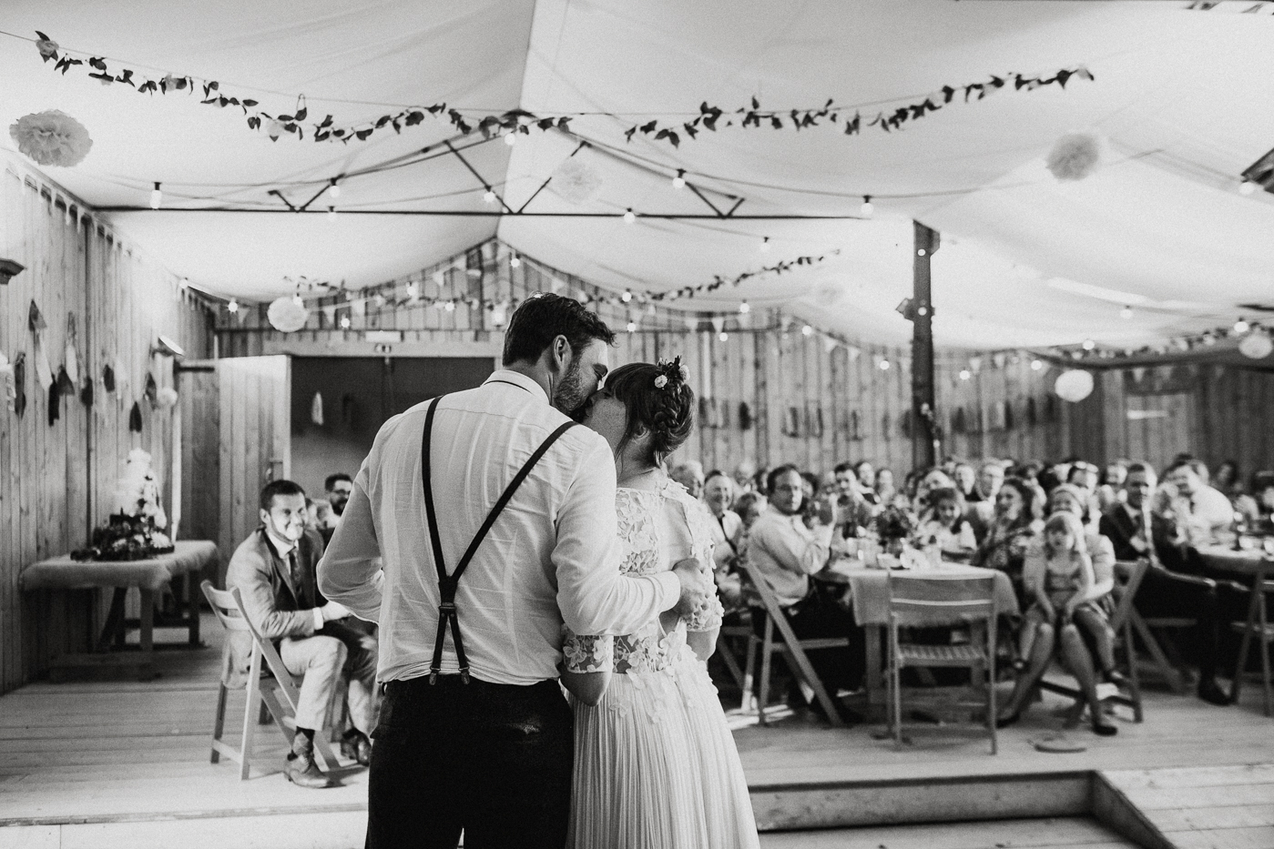 alternative kent + Sussex wedding photographer - hawthbush farm-Epic Love Story-083