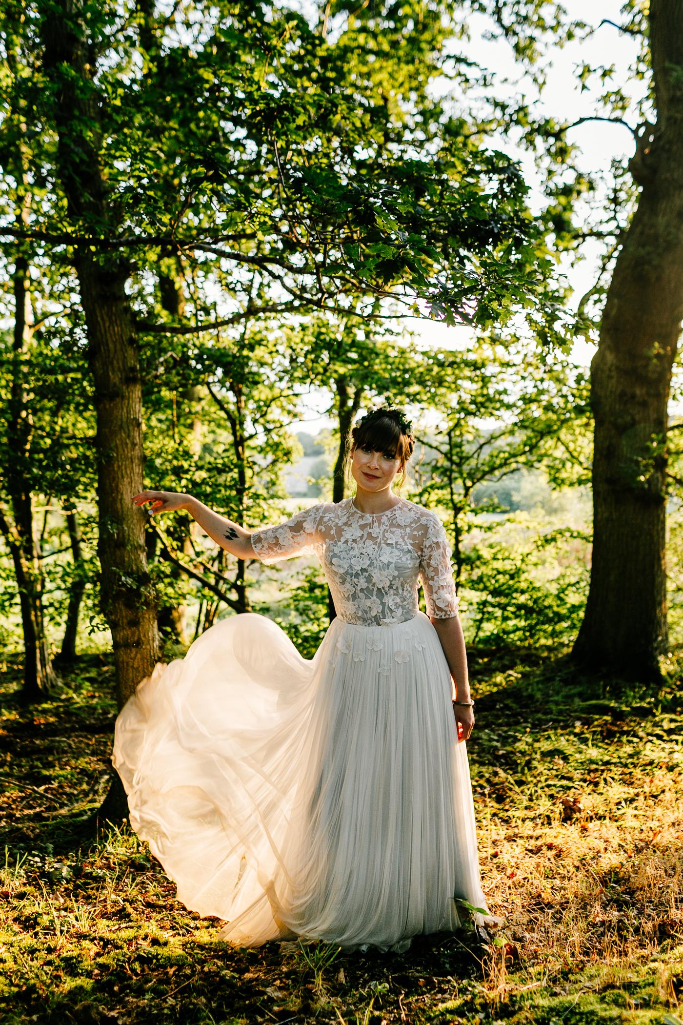 alternative kent + Sussex wedding photographer - hawthbush farm-Epic Love Story-091