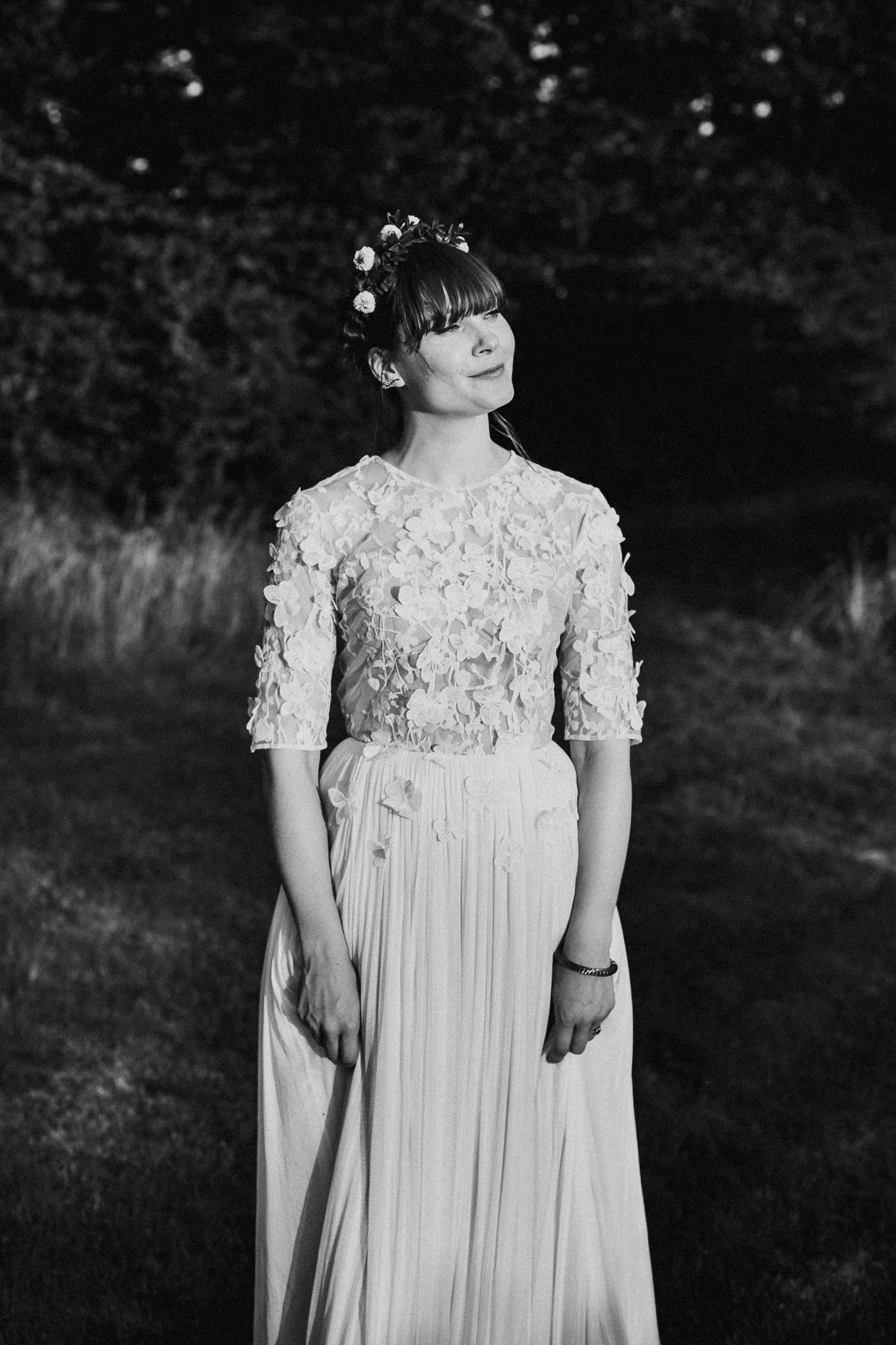 alternative kent + Sussex wedding photographer - hawthbush farm-Epic Love Story-095