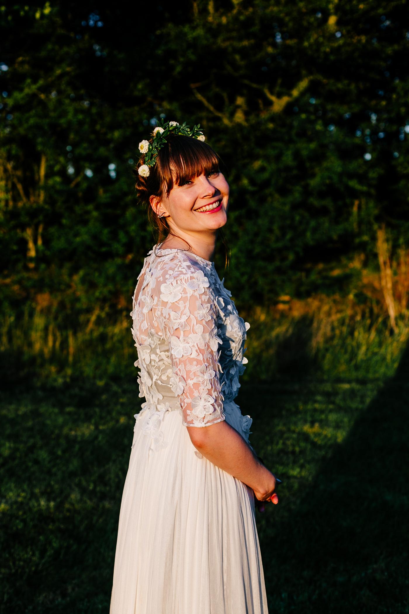 alternative kent + Sussex wedding photographer - hawthbush farm-Epic Love Story-097
