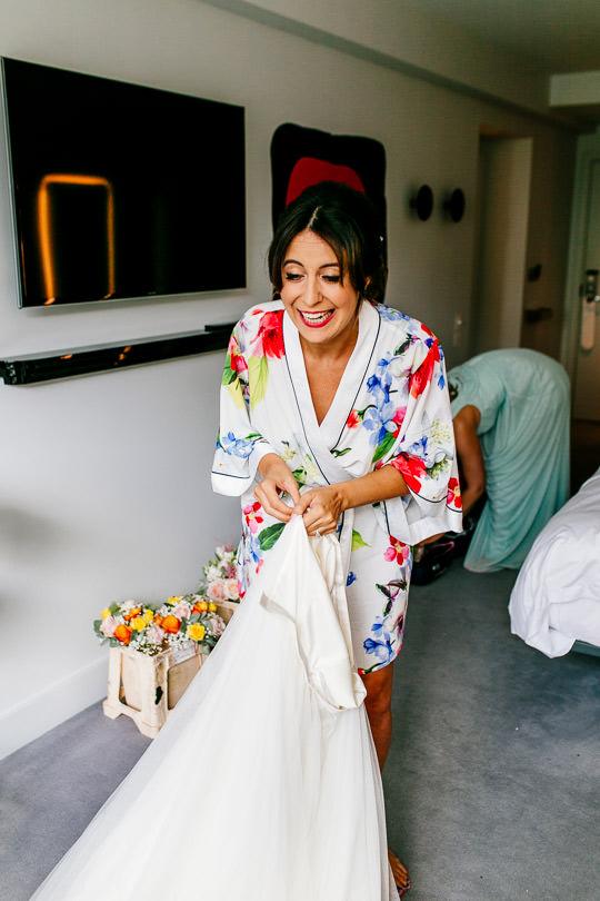 Alternative-london-wedding-photographer-oxo2-epic-love-story011-2