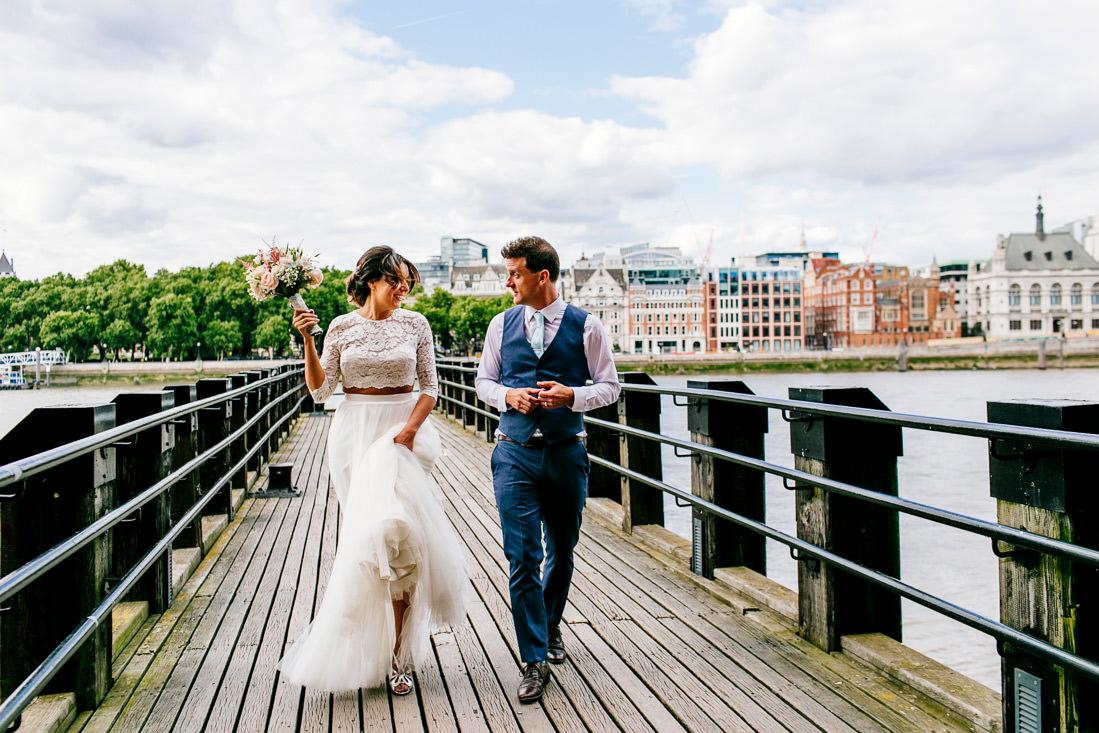 Alternative-london-wedding-photographer-oxo2-epic-love-story014