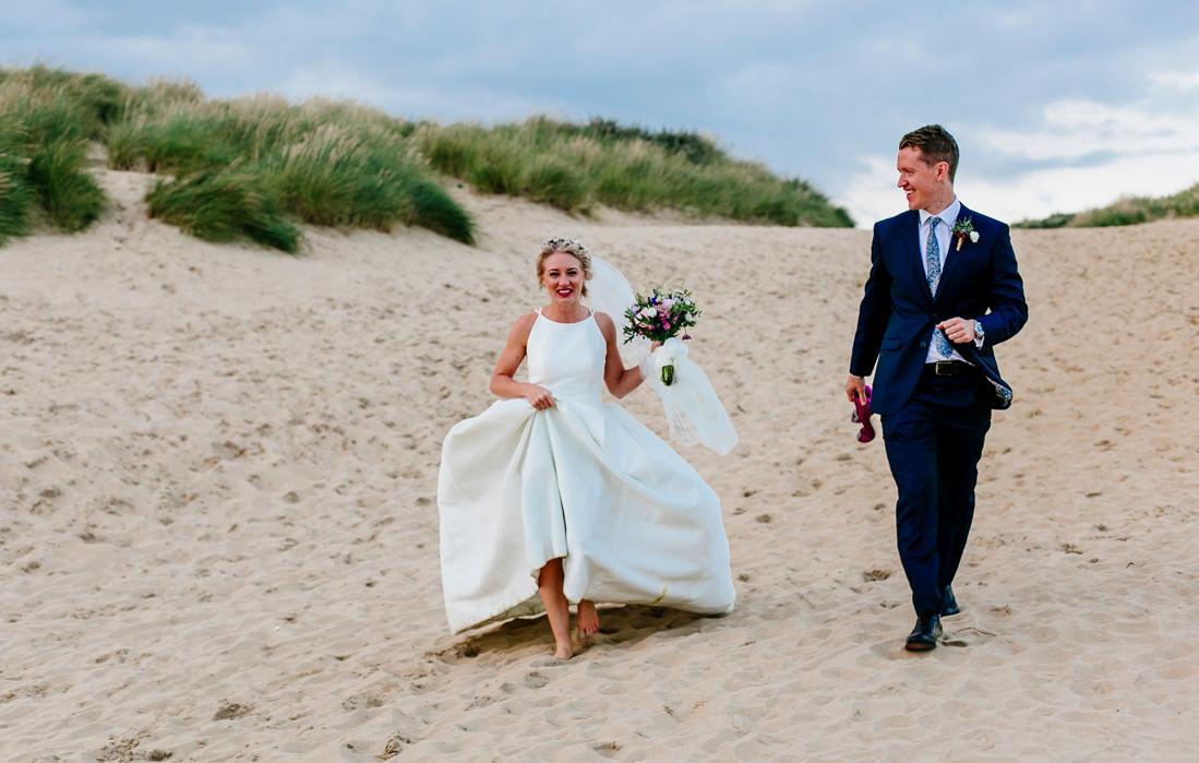 U.K. Destination wedding photographer Santorini