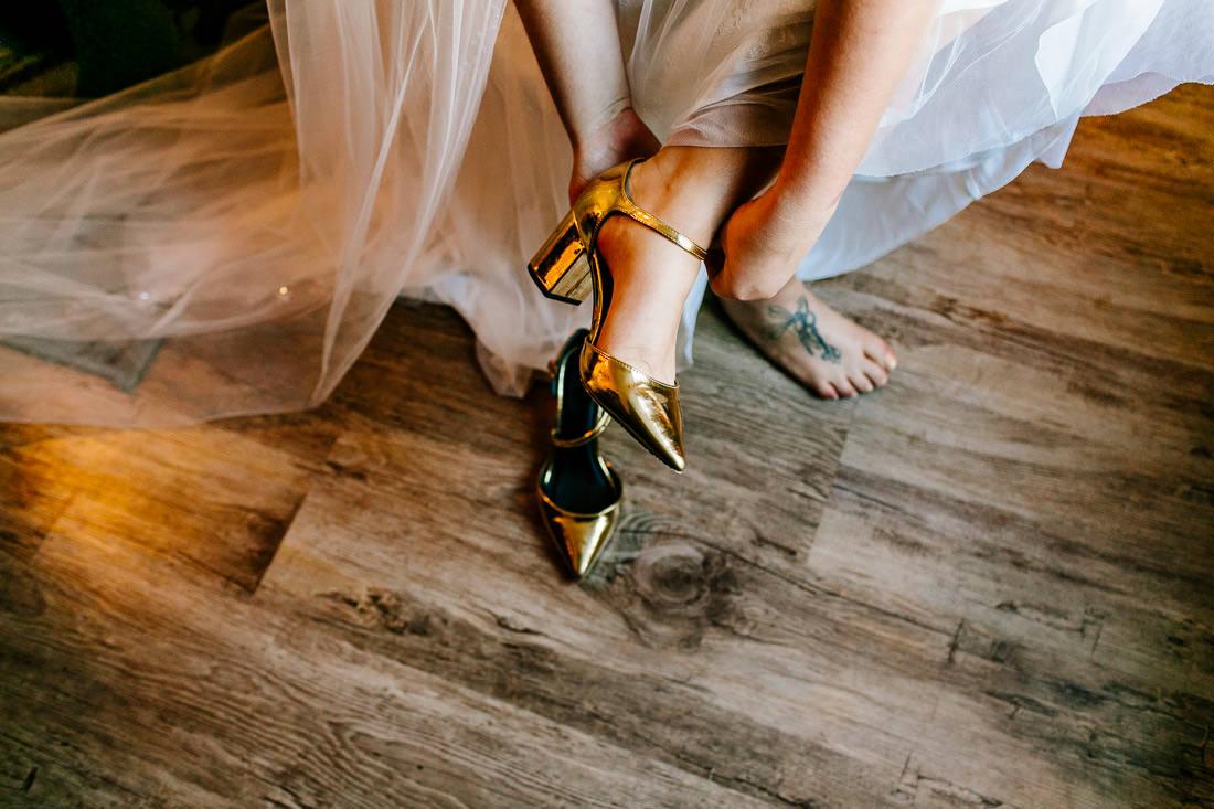 Alternative-london-wedding-photographer-Shoreditch,-Clapham-Epic-Love-Story-034