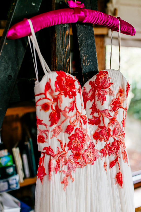 colourful-quirky-upwaltham-barns-sussex-wedding-photographer-Epic-Love-Story-028