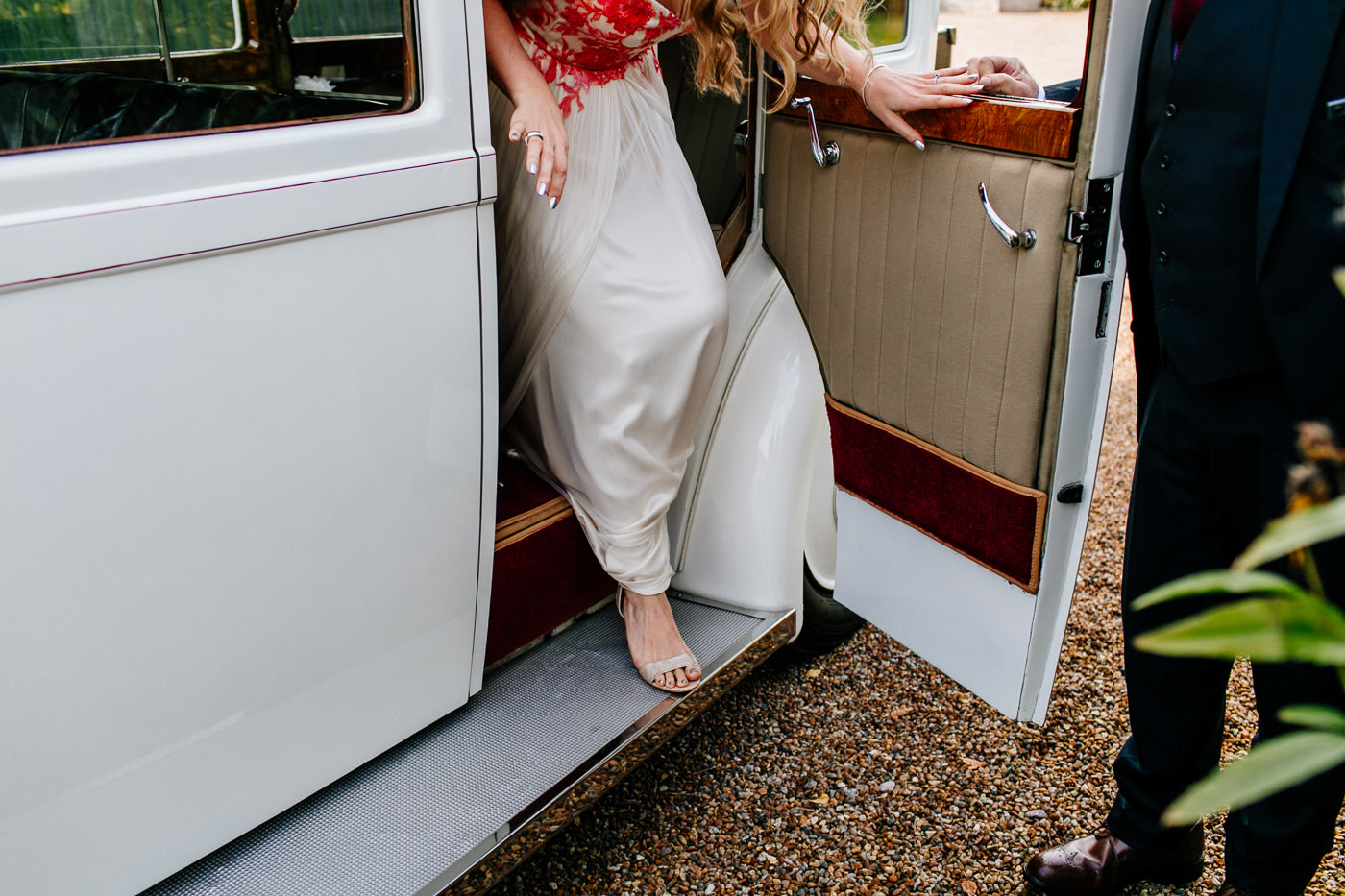 colourful-upwaltham-barns-sussex-wedding-photographer-029