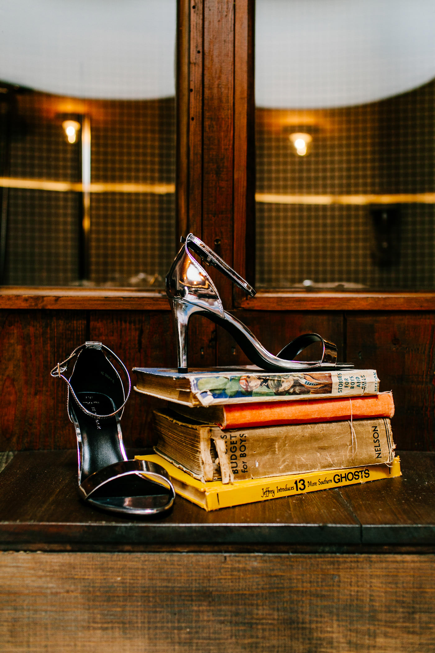 The-bell-in-Ticehurst-pub-kent-wedding-photographer-London-Epic-Love-Story-025