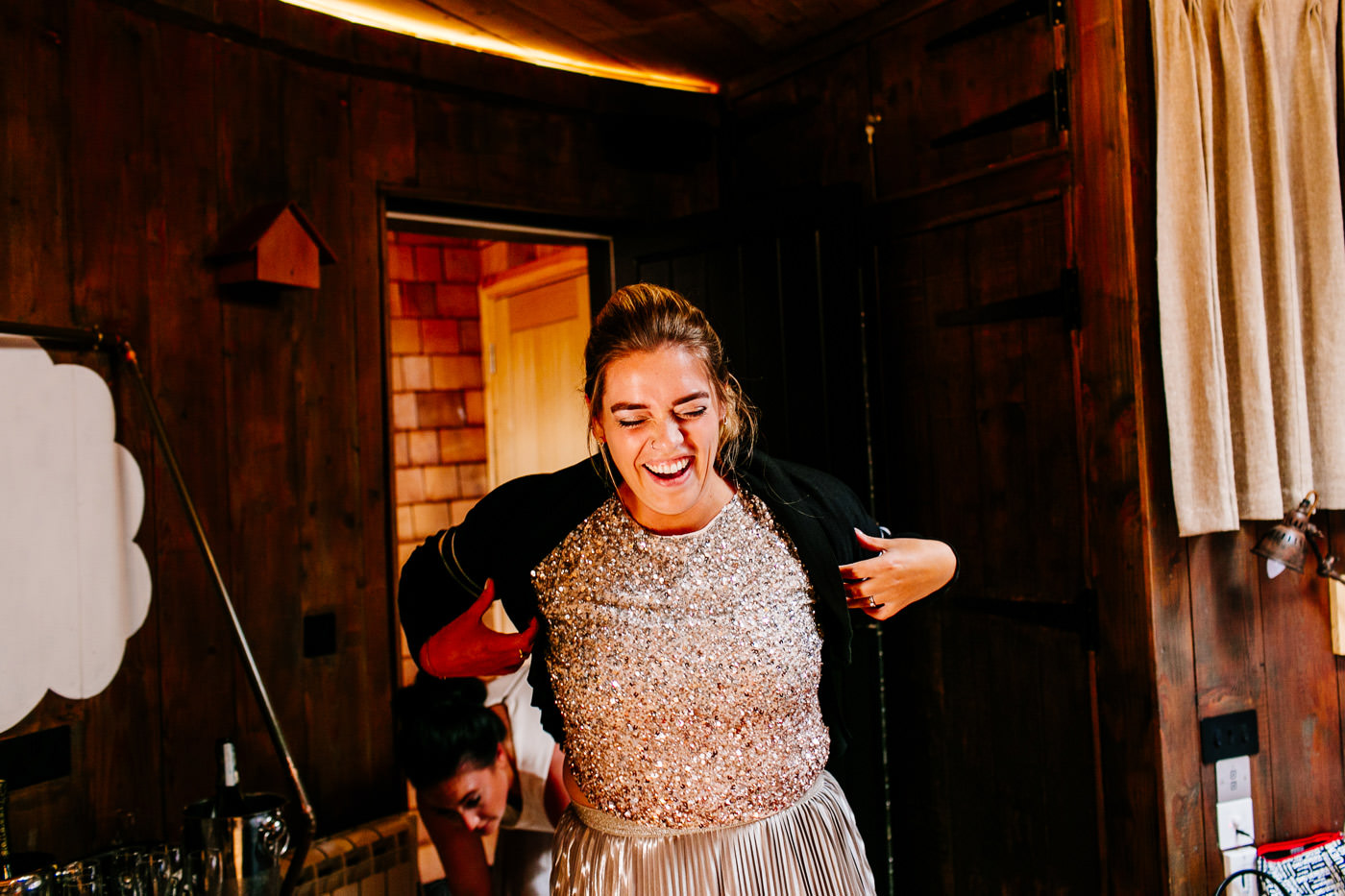 The-bell-in-Ticehurst-pub-kent-wedding-photographer-London-Epic-Love-Story-026