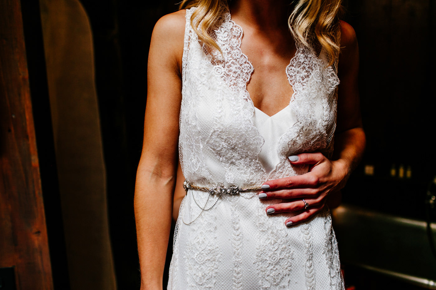 The-bell-in-Ticehurst-pub-kent-wedding-photographer-London-Epic-Love-Story-034
