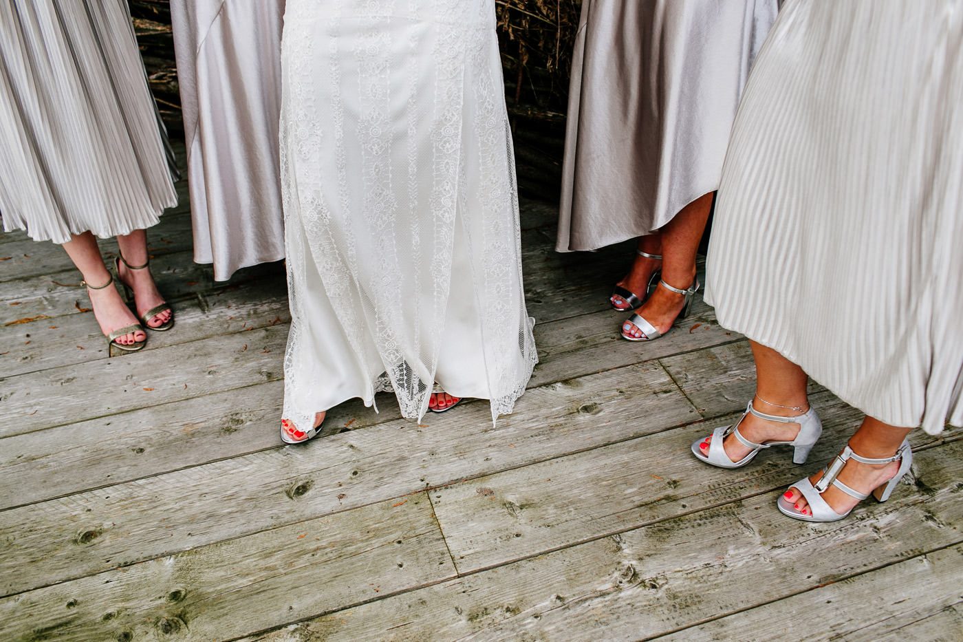 The-bell-in-Ticehurst-pub-kent-wedding-photographer-London-Epic-Love-Story-040