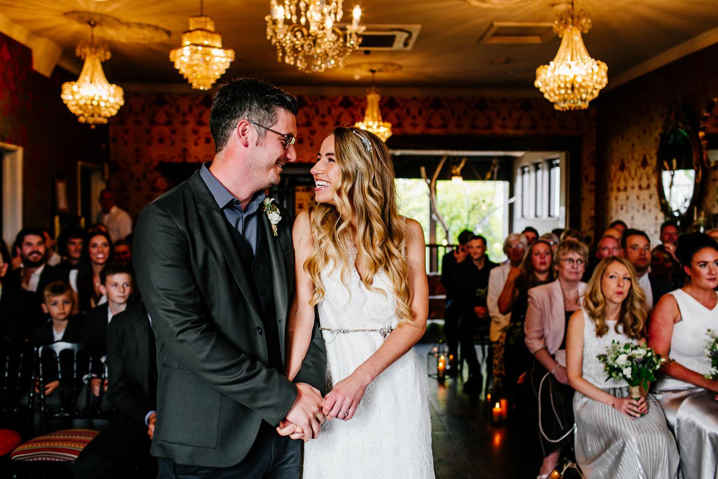 The-bell-in-Ticehurst-pub-kent-wedding-photographer-London-Epic-Love-Story-049