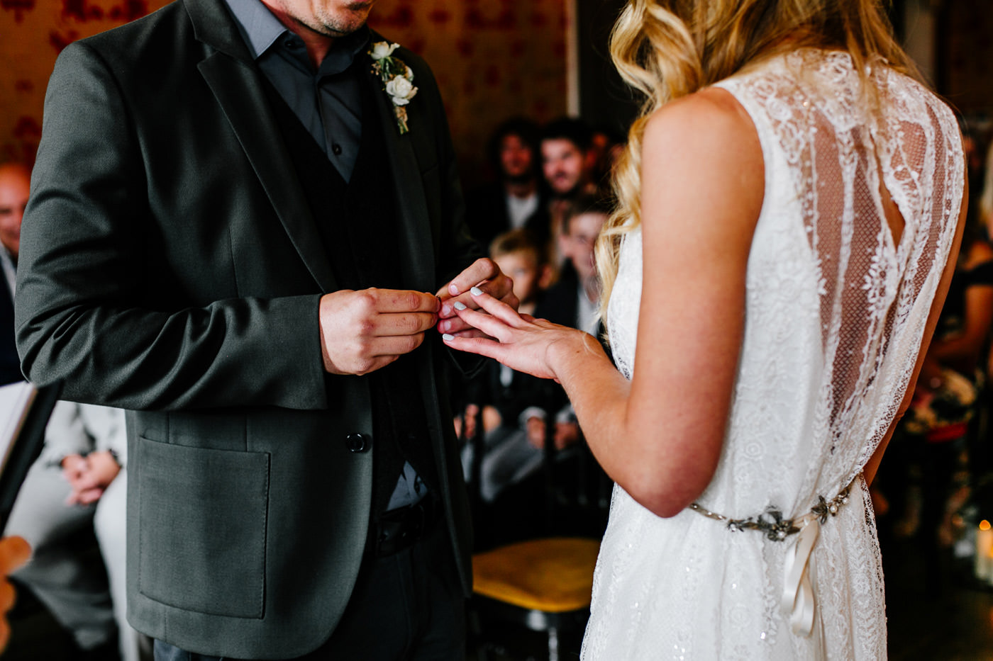 The-bell-in-Ticehurst-pub-kent-wedding-photographer-London-Epic-Love-Story-053