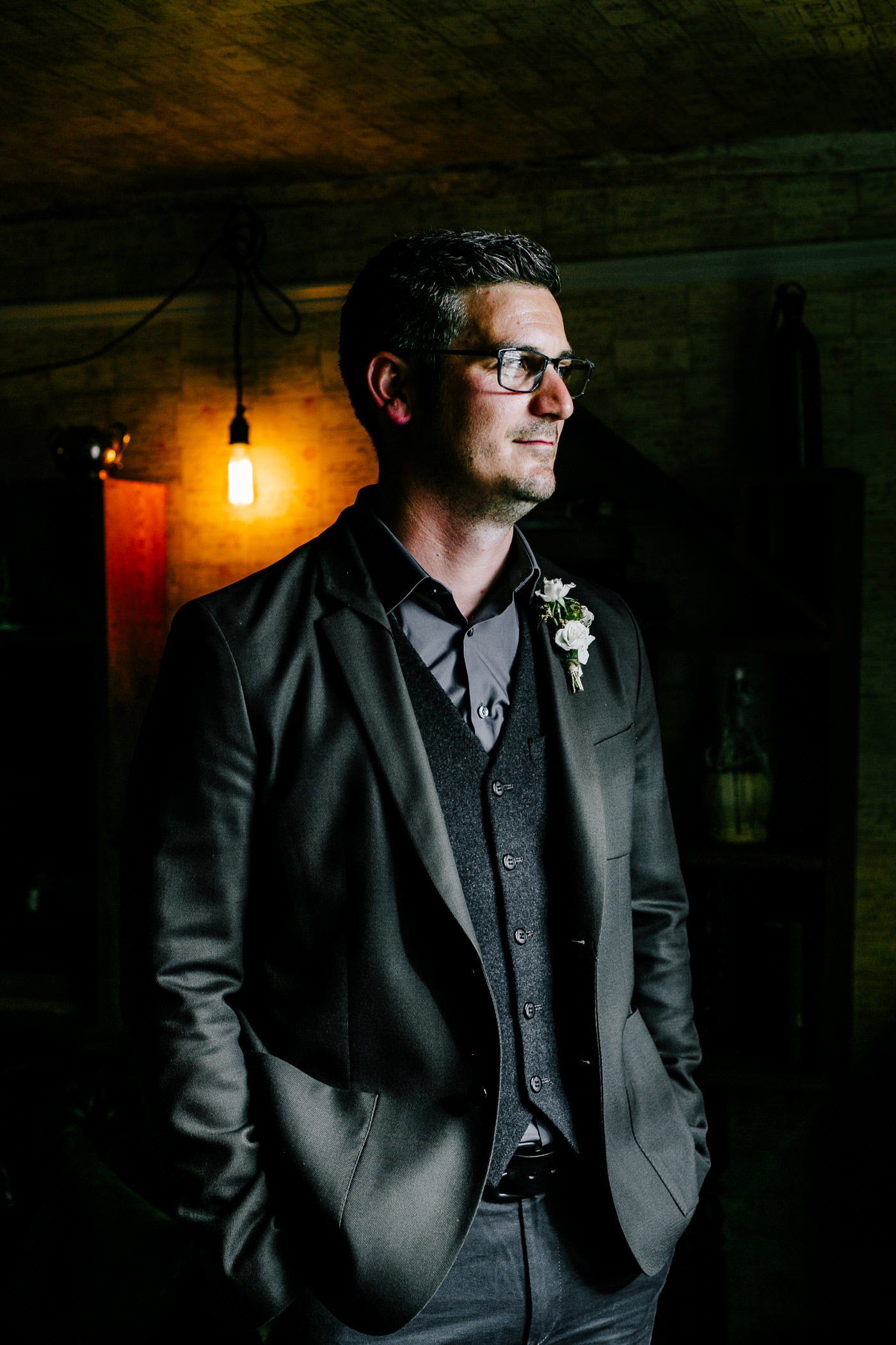 The-bell-in-Ticehurst-pub-kent-wedding-photographer-London-Epic-Love-Story-063