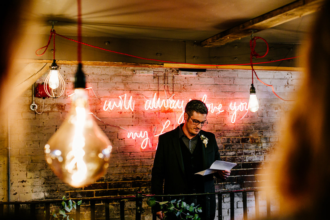 The-bell-in-Ticehurst-pub-kent-wedding-photographer-London-Epic-Love-Story-072