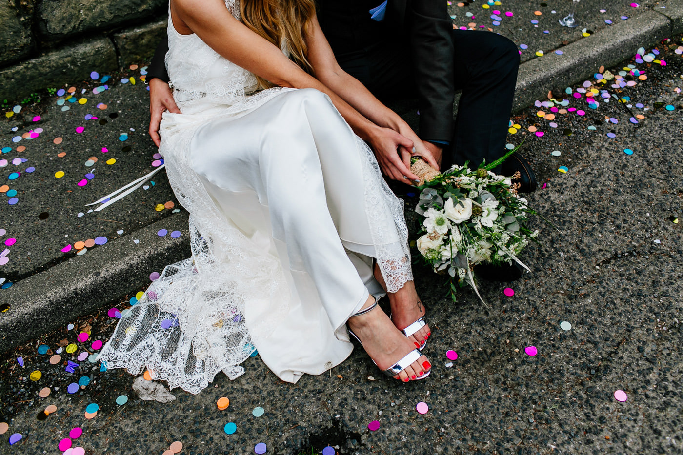 The-bell-in-Ticehurst-pub-kent-wedding-photographer-London-Epic-Love-Story-091