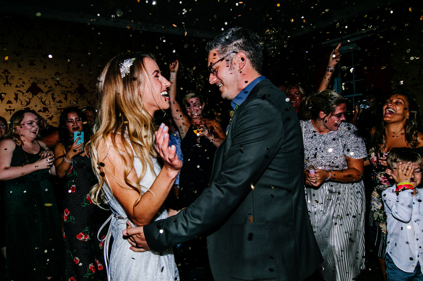 The-bell-in-Ticehurst-pub-kent-wedding-photographer-London-Epic-Love-Story-105
