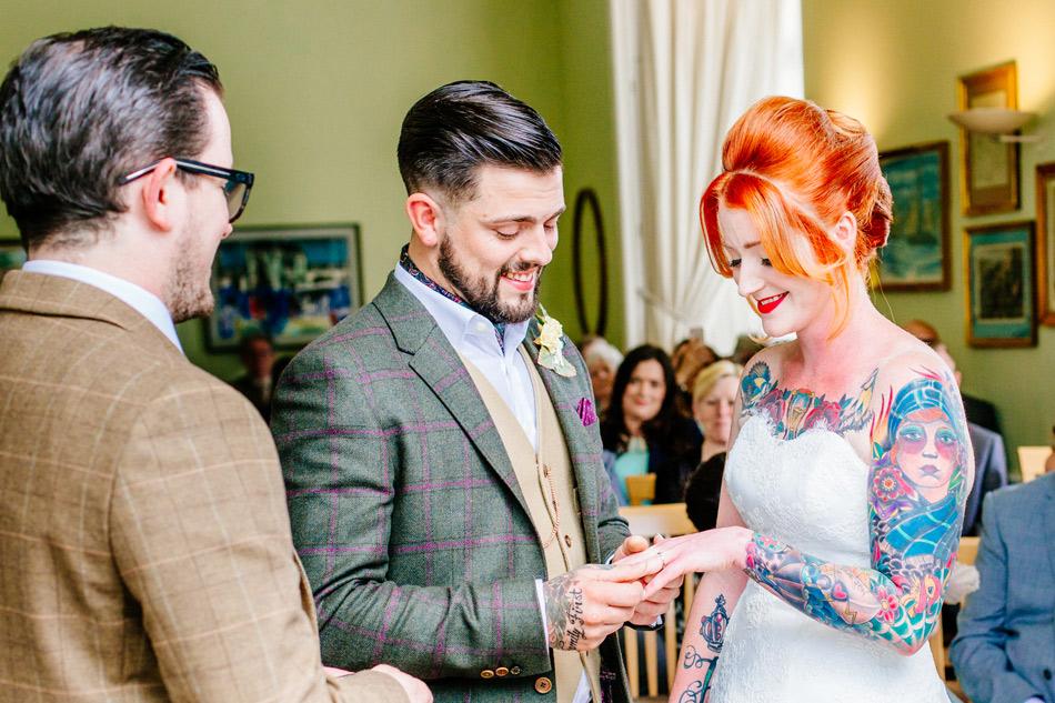 london alliterative wedding photographer