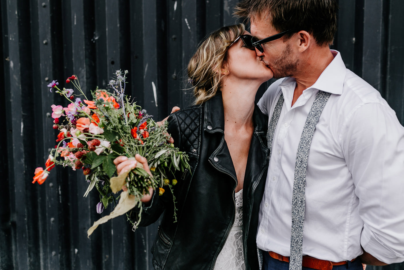 laid back london wedding photographer